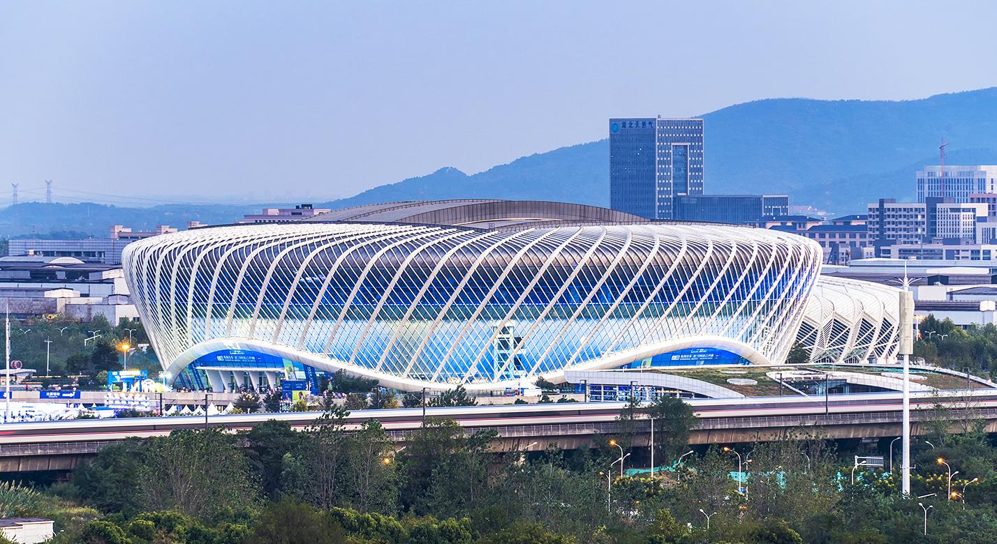 武汉关谷国际网球场