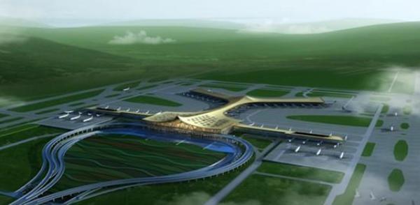 昆明长水国际机场航站区改扩建工程包括新建S1卫星厅、T1航站楼增容改造工程、站坪工程等7个子项工程。本次航站区改扩建工程飞行区场道工程为S1卫星厅的配套站坪工程,新建66个停机位,本工程共划分为3个标段。此次中标的三标段工程施工内容为东侧B线货运通道工程的土石方工程、结构工程、电气工程、消防工程、弱电工程以及对应施工区域的场道工程的土石方工程、地基处理工程、道面工程、飞行区排水工程、附属工程。其中水泥砼道面34496平方米,沥青砼道面26998平方米,挖方约42万立方米,填方约22万立方米,各类排水沟