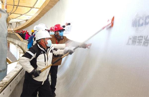 冬奥组委副主席杨树安赴国家雪车雪橇中心项目考察调研